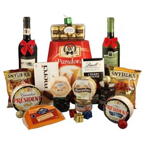 Cheese, Alcohol & Special Delights Christmas Gift Basket