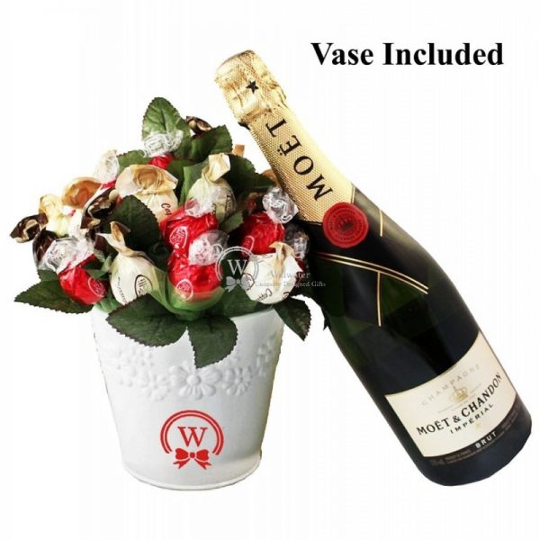 Classic Bouquet with Moet & Chandon Champagne - Christmas Gift