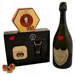 Fifth Avenue – Dom Perignon & Gucci Christmas Gift Set