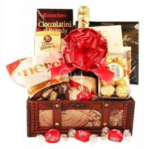 G.H. Mumm – Champagne Christmas Gift Basket