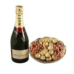 Mozart Rocher Platter With Moet – Christmas Gift