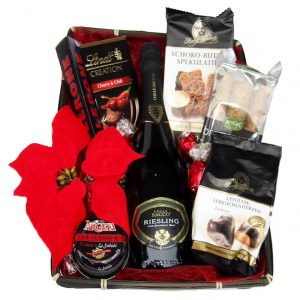 Red Black Christmas Pearl – Christmas Gift Basket