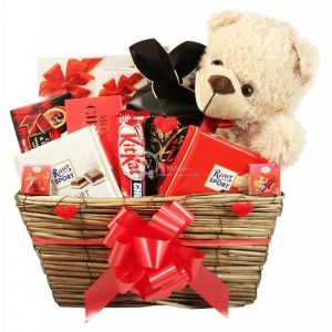Show Your Love – Chocolate Christmas Gift Basket