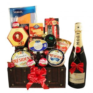 The Diplomat Treasure box – Gourmet Christmas Gift Basket