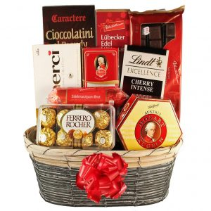 The Sweetvaganza – Chocolate Christmas Gift Basket
